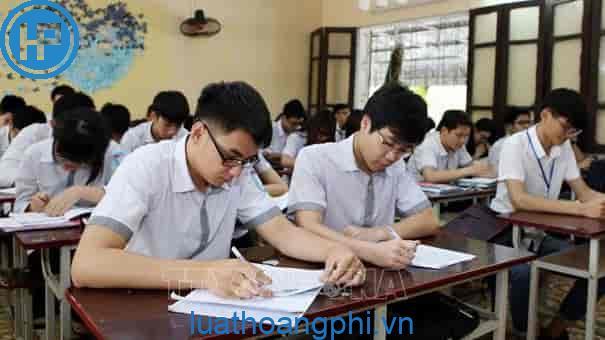 Kỳ thi Trung học phổ thông quốc gia tiếng Anh là gì?